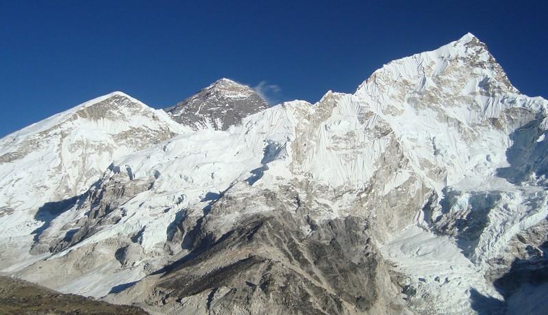 ebc-trek-island-peak-climbing
